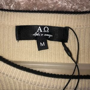 Aluna Levi Dresses - ❤️HP❤️Taupe and Black Ruffle Sweater Dress